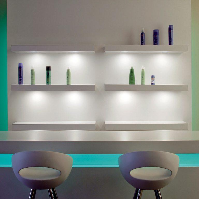 LED svietidlá sa ujímajú vedenia