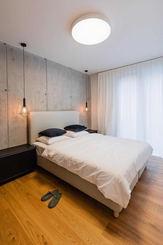 Dvojizbový byt v Banskej Bystrici: Ako to vyzerá, keď sa nemusia robiť žiadne kompromisy?