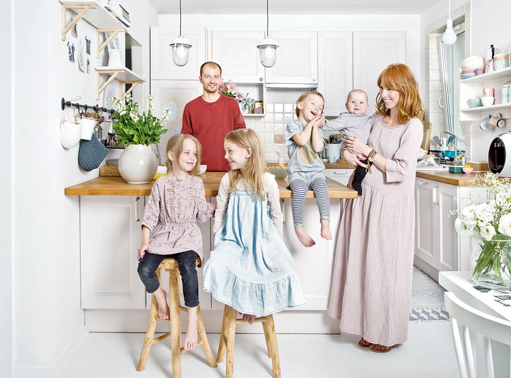 Ako sa žije šesťčlennej rodine na 80 štvorcových metroch?