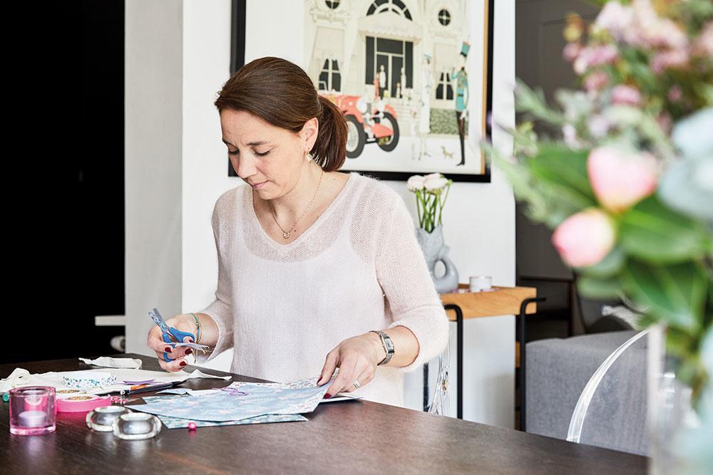LORNA OKREM TOHO, že vlastní agentúru, ktorá usporadúva akcie pre deti, sa rada aj sama zapojí do výrobného procesu rôznych milých dekorácií s detskou tematikou.