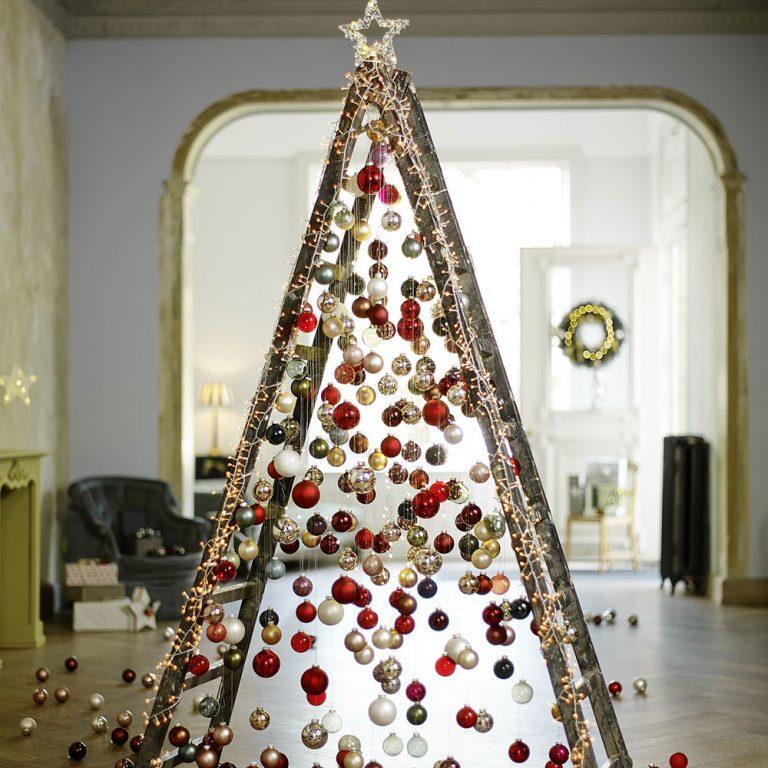 Vyčarujte si tento rok originálny vianočný stromček! 4 tipy, ako na to