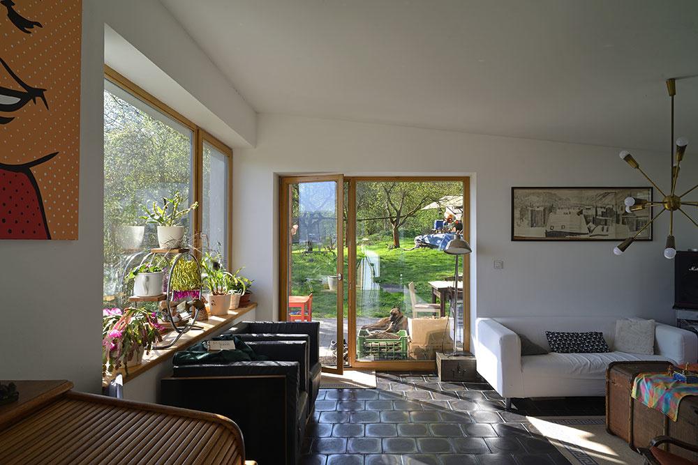 Množstvo materiálu na dom si majiteľ nazbieral sám. Výsledok vás prekvapí!