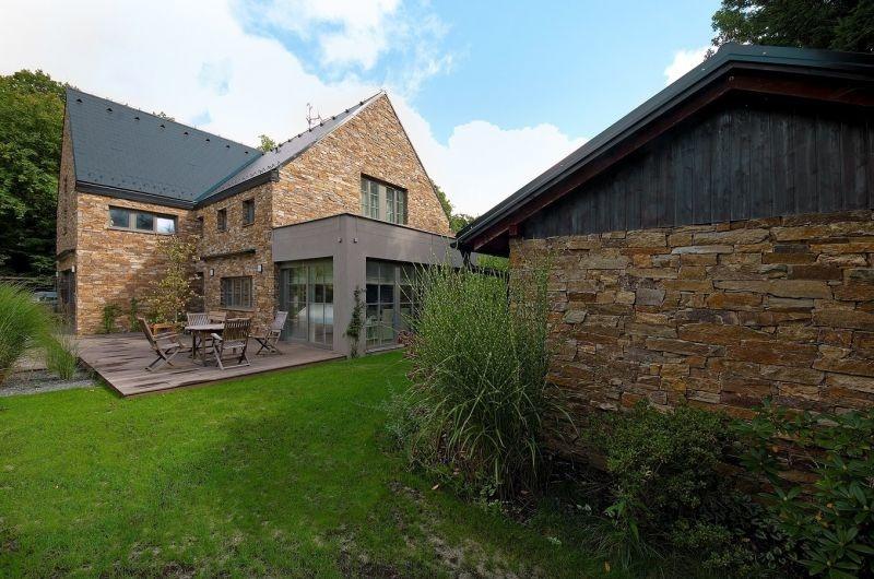 Tajomný dom, ktorý zaujme atmosférou: V provensalskom štýle a s duchom anglického vidieka
