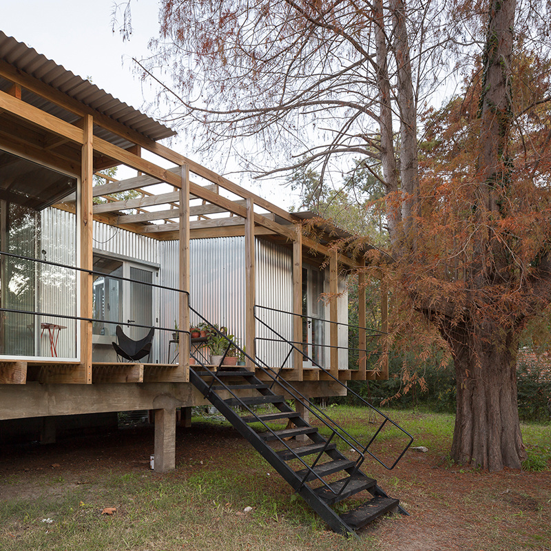 Dom v Dique Luján