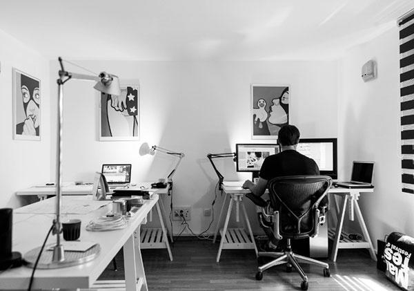 Inšpirácia: Ako si zariadiť home office v rodinnom dome?