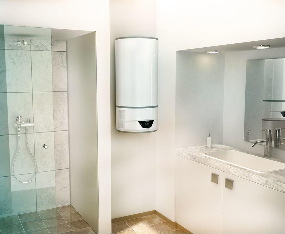 Elektrický hybridný ohrievač vody využíva rýchly elektrický ohrev v kombinácii s najmodernejšou technológiou tepelného čerpadla. Softvér i-Memory pritom vždy vyberá najvhodnejšiu možnosť ohrevu, vďaka čomu dosahuje až 50 % úsporu energie v porovnaní s rovnakým elektrickým ohrievačom triedy B. Osprchovať sa teda môžete vždy s optimálnymi nákladmi na ohrev vody. Ide o prvý elektrický bojler v energetickej triede A+. www.ariston.com