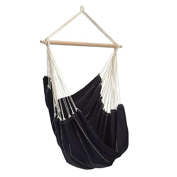 Závesné kreslo Brasil black od značky Amazonas, bavlna, 130 × 160 cm, 76,50 €, www.hammock-outlet.eu/sk