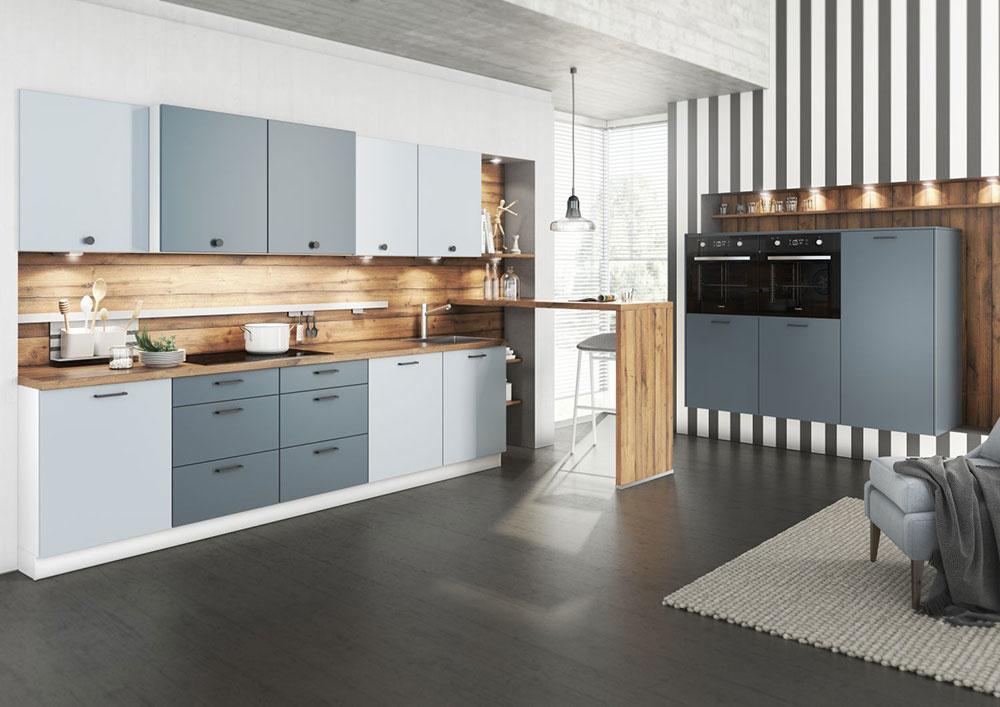 Vyznávači pastelových farieb ocenia novinkový dekor Almost blue z prémiovej triedy Livanza v jemne modrej farbe. Dobre sa komunikuje so sivomodrými odtieňmi ďalšia kuchyňa z línie Savana. Obidva dekory harmonizuje dekor dreva so zvýraznenou štruktúrou.