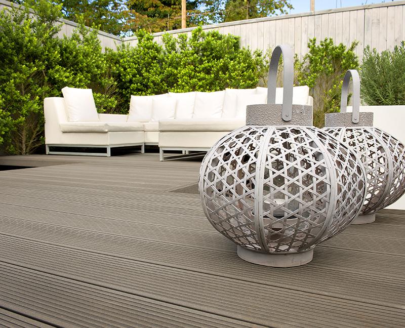 Rodiny si môžu vybrať z 3 variantov kompozitnej terasy Twinson - Terrace, Terrace Massive a Terrace Massive Pro