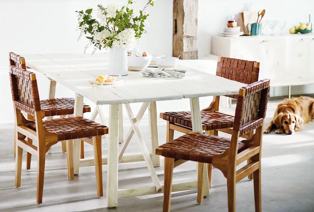 Nový život pre starý kúsok. Pokiaľ starší stôl či stoličky ešte slúžia, prečo ich vyhadzovať? Doprajte im nový náter alebo drobnú opravu apokojne môžu zostať vinteriéri. Ekologická zodpovednosť je veľmi aktuálna.