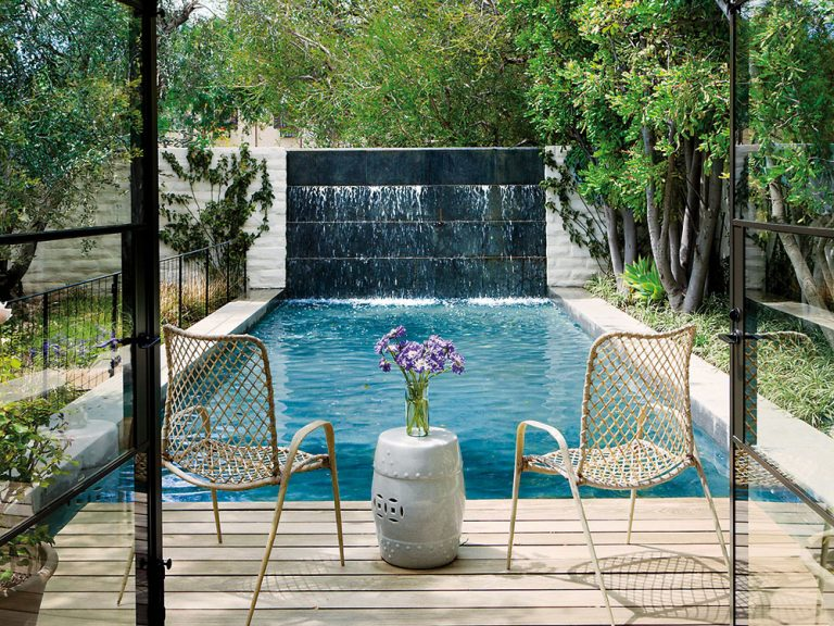 Aký bazén vybrať do malej záhrady