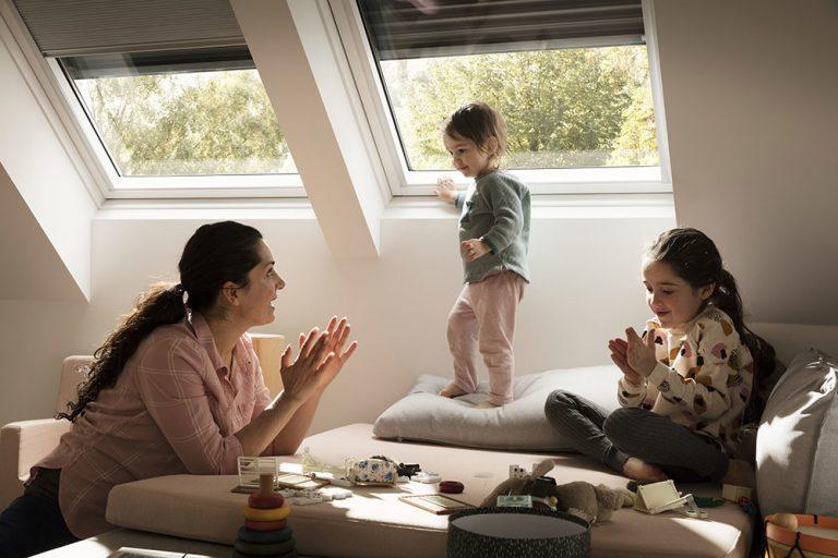 5 tipov ako správne vybrať roletu na strešné okno