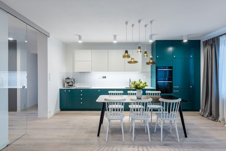 Panelákový byt s moderným nádychom Provence