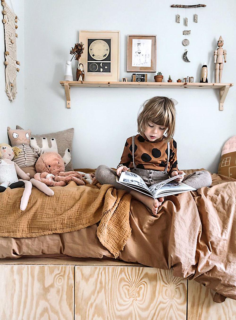 Príjemné apokojné farby. Obklopte deti kvalitnými materiálmi aizbu im navrhnite vpríjemných pastelových či neutrálnych farbách. Mentolová, modrá, sivá, púdrová ružová ihorčicovožltá vytvoria útulný minimalistický interiér.