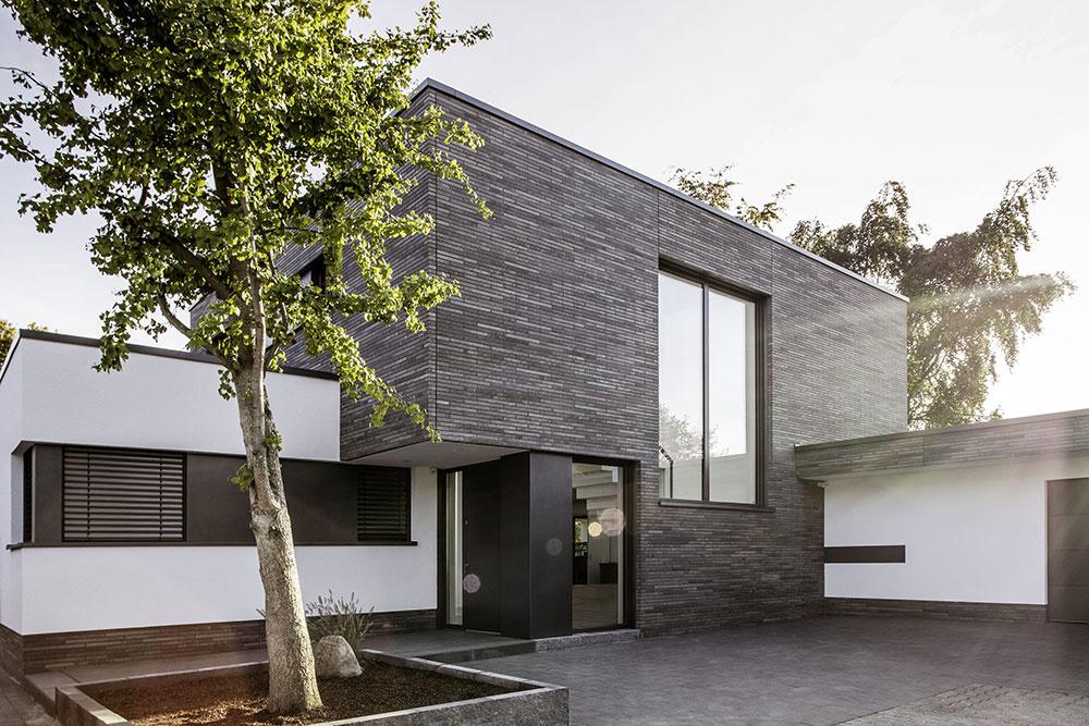 rodinný dom s plastovými oknami