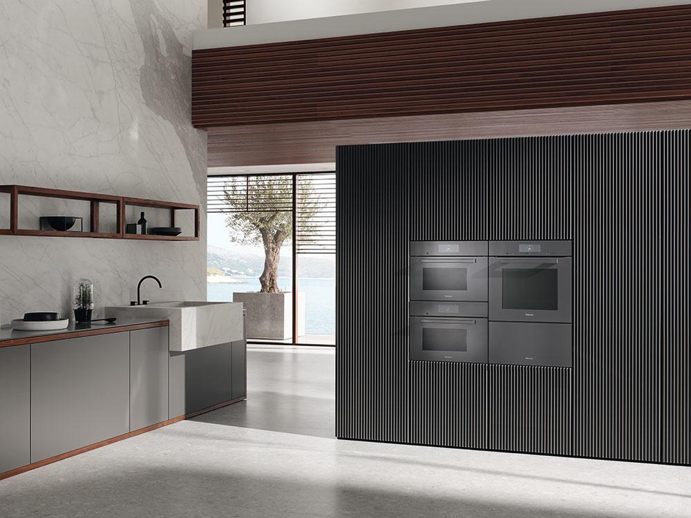kuchyňa s elektrospotrebičmi
