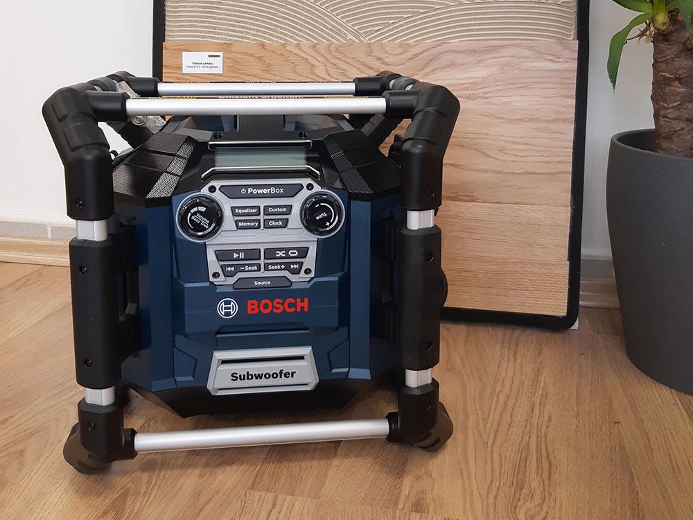Ako nalepiť parkety ekologicky? Za správnu odpoveď vyhráte Rádio BOSCH