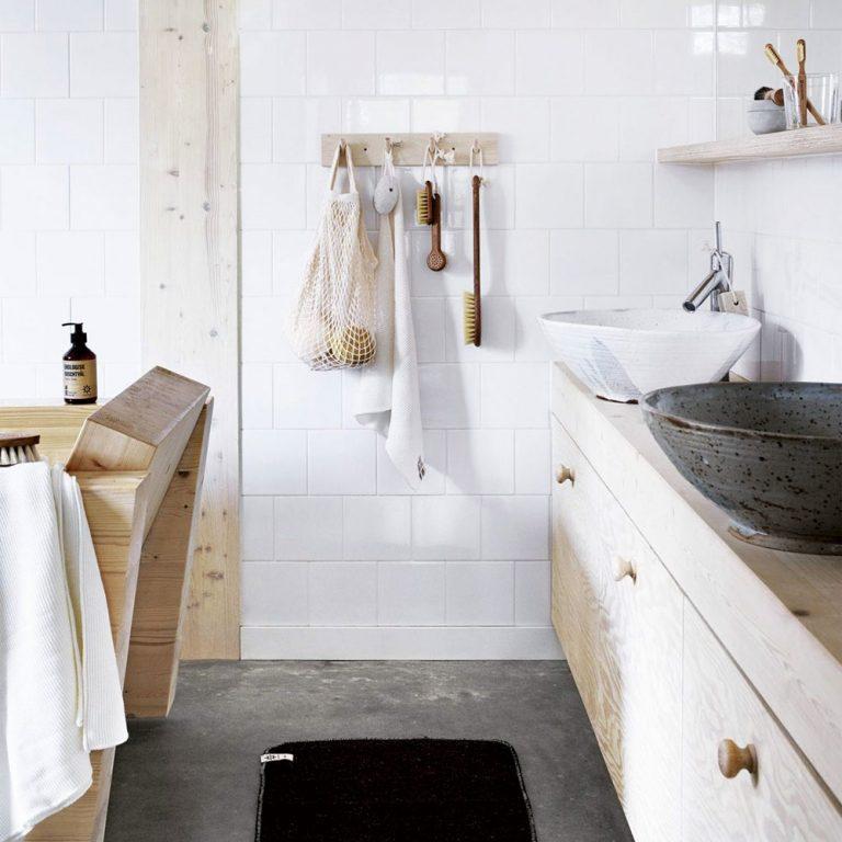 Najlepšie prírodné materiály do kúpeľne? Mramor, drevo a betón!