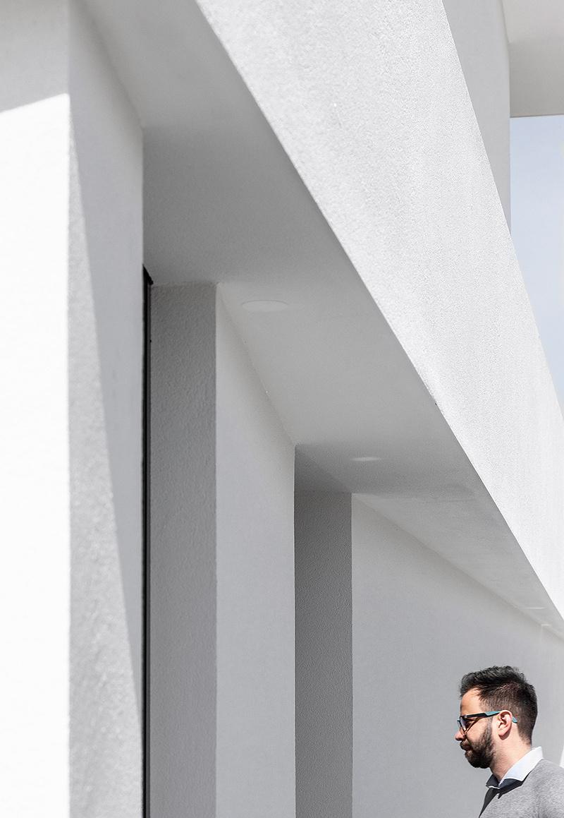Biely rodinný dom v Portugalsku