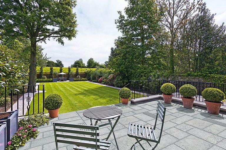 Odolný, ľahký a flexibilný záhradný nábytok