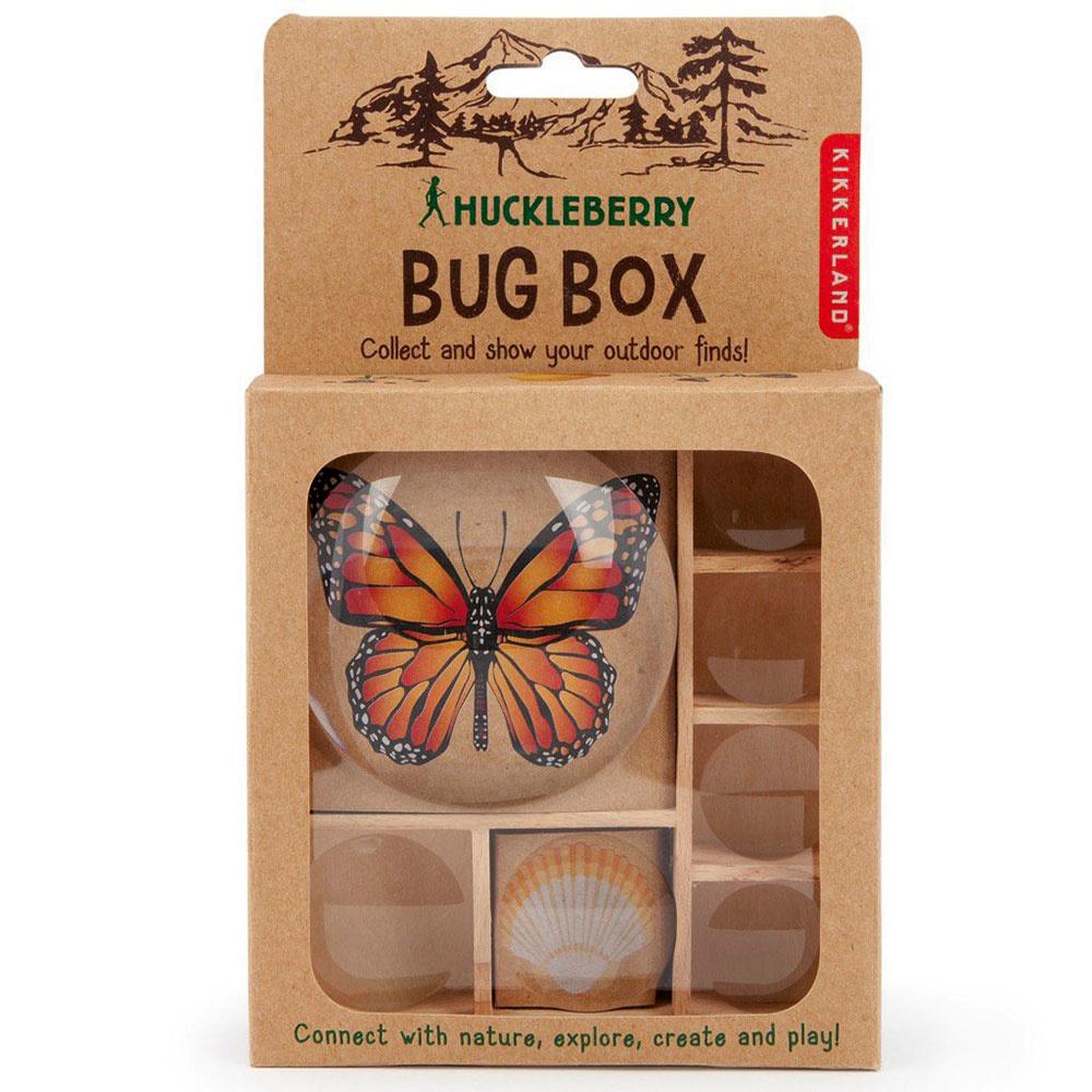 Súprava na motýle od značky Kikkerland, 1× drevená krabička, 7× zväčšujúce sklíčko, 10,49 × 18,01 × 3,4 cm, cena na vyžiadanie, www.bonami.sk