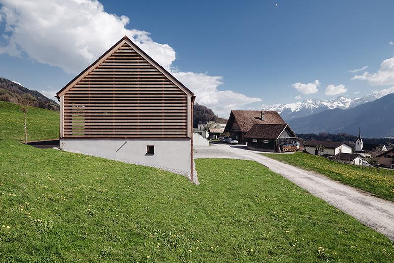 Drevostavba v rakúskej obci Schnifis