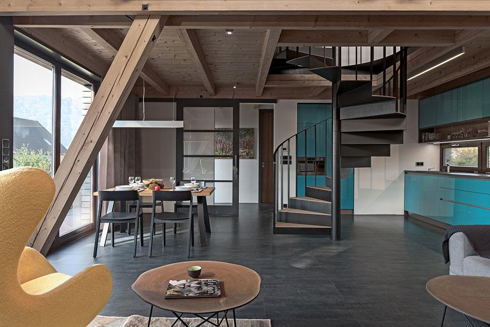 kuchyňa s jedálňou a schodiskom