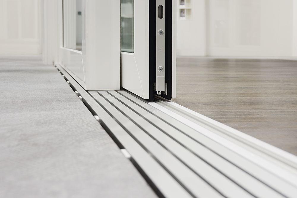 podlahové prahy