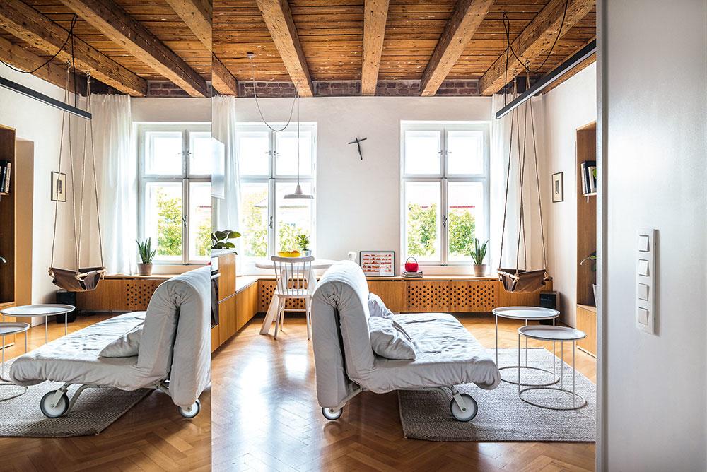 Rekonštrukcia storočného bratislavského bytu pre štvorčlennú rodinu