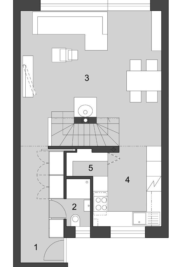 Byt cez dve poschodia