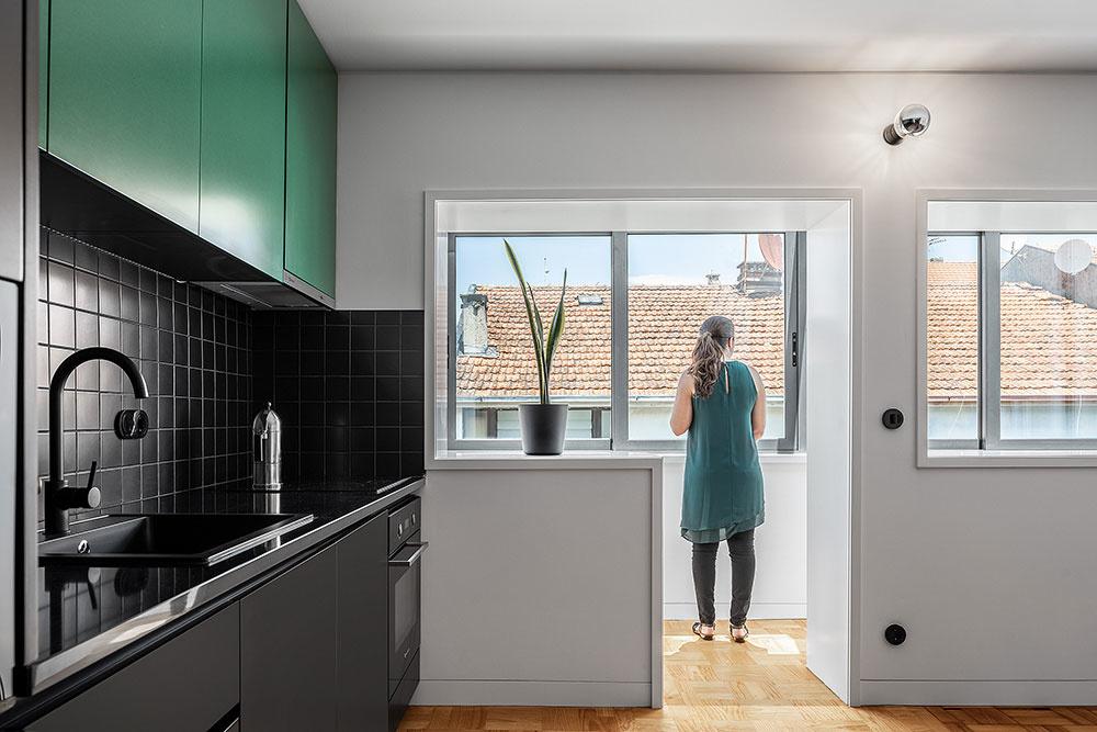 vstup na balkón z kuchyne