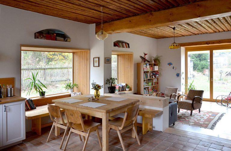 Prestavba starého baníckeho domu: Návrat k tradícii prispôsobený moderným potrebám