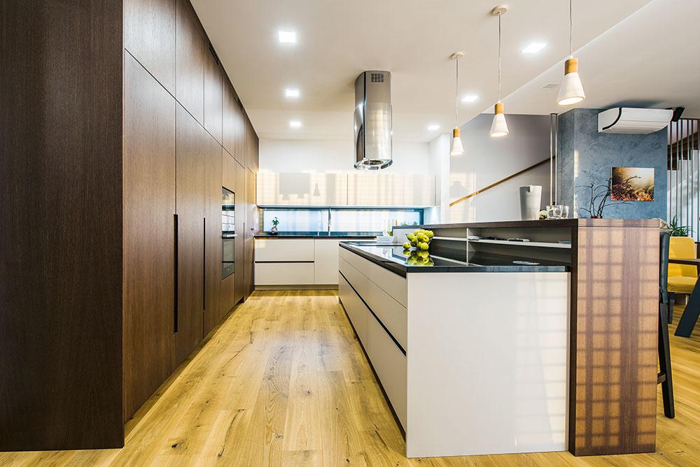 veľký priestor kuchyne