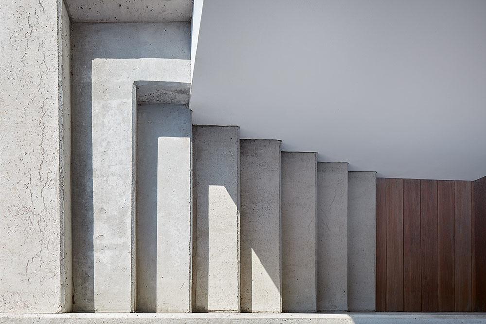 betónové schody