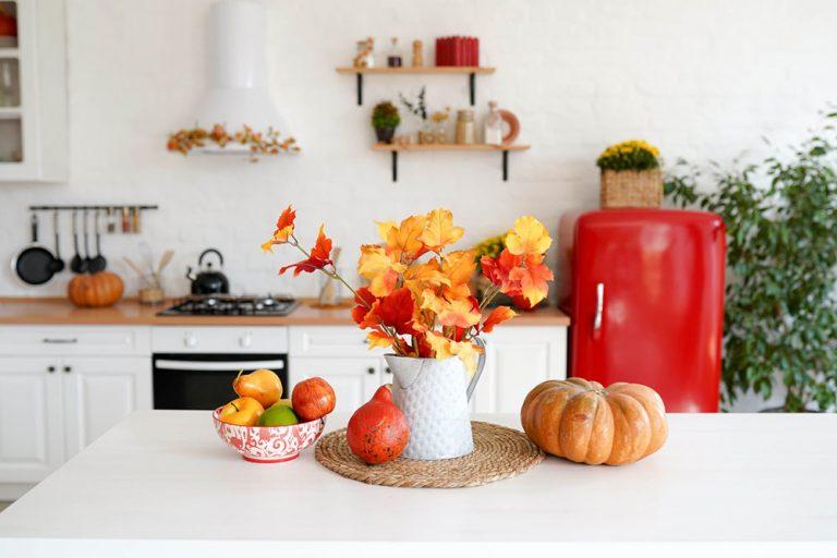 Jesenné dekorácie do interiéru: Ako si originálne vyzdobiť byt na jeseň