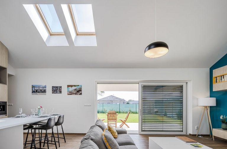 Strešné okná patria aj do bungalovov