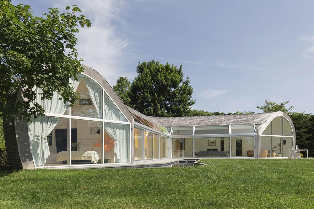 Nezvyčajný dom, v ktorom atmosféru umocňuje teória farieb (VIDEO)