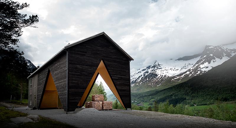 Malý dom s veľkým funkčným priestorom: Zastrešená veranda ako investícia do budúcnosti