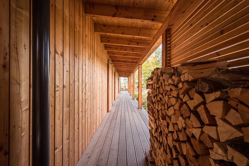 Jednoduchá víkendová drevostavba
