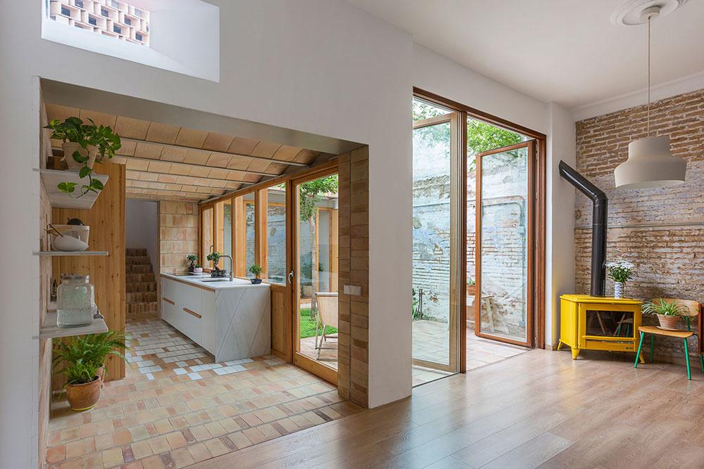 Malý byt na prízemí získal výhody rodinného domu!