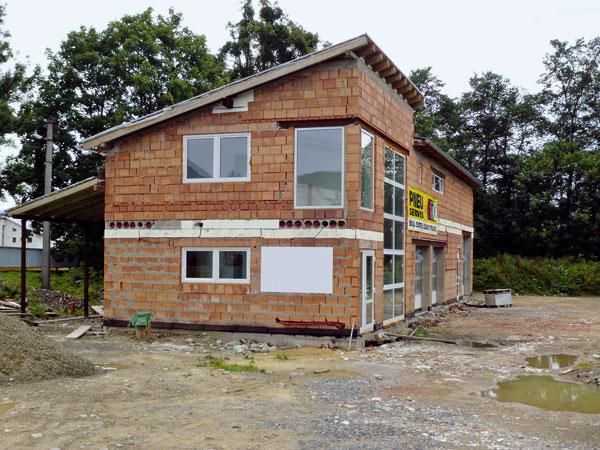Orientačný beh stavebným trhom
