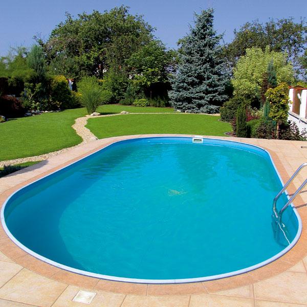 Zelená koruna bazéna