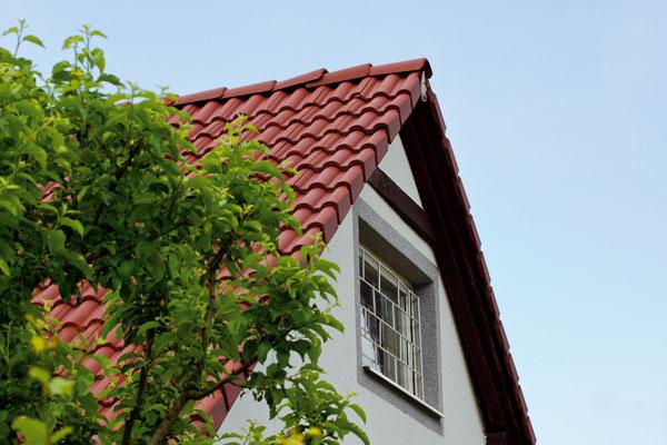 Akú strechu na chatu