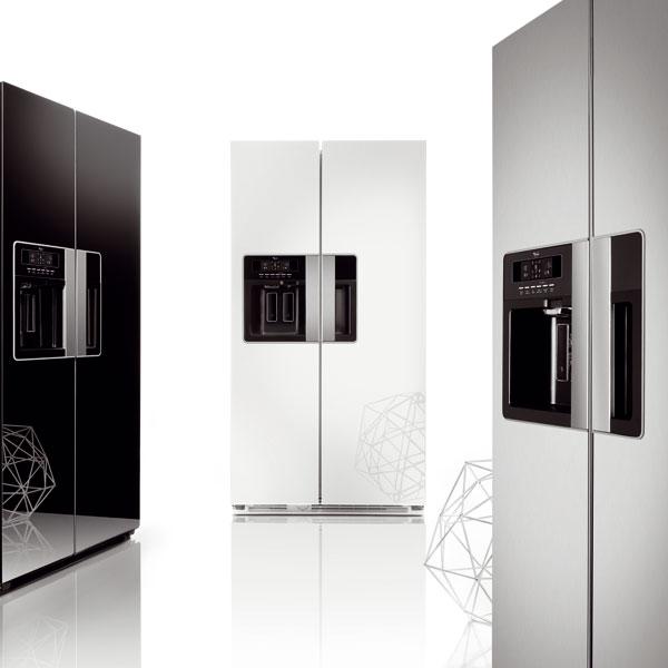 Dizajnová chladnička prešpikovaná technológiami