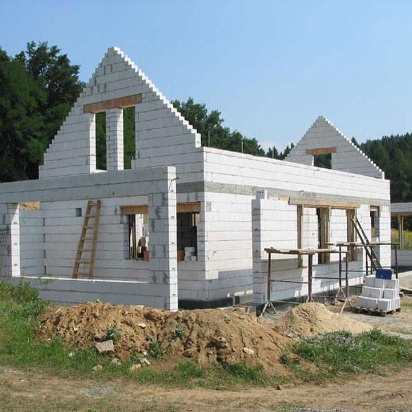 Postaviť dom nie je žiadna veda