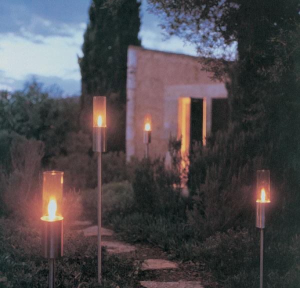 Vo večernej záhrade