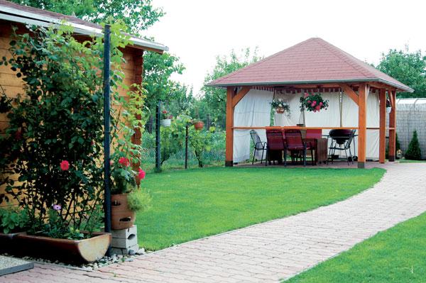 Záhrada pre rodičov, deti a psa
