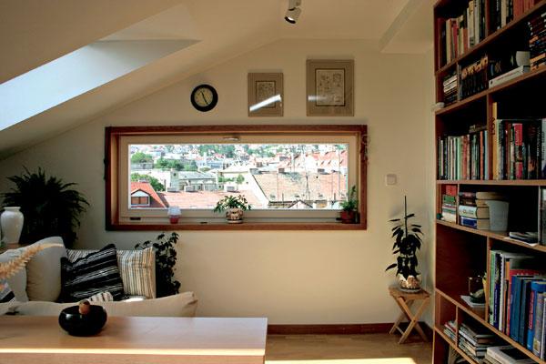 Zaujímavé bývanie v nadstavbe bratislavského činžiaka