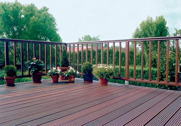 Záhrada s vôňou dreva