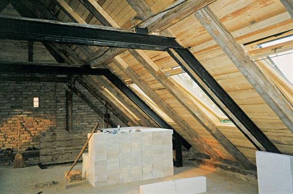 Čo so starým krovom, ktorý zavadzia?